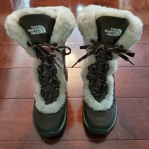 North Face Boots Women's Size 6.5